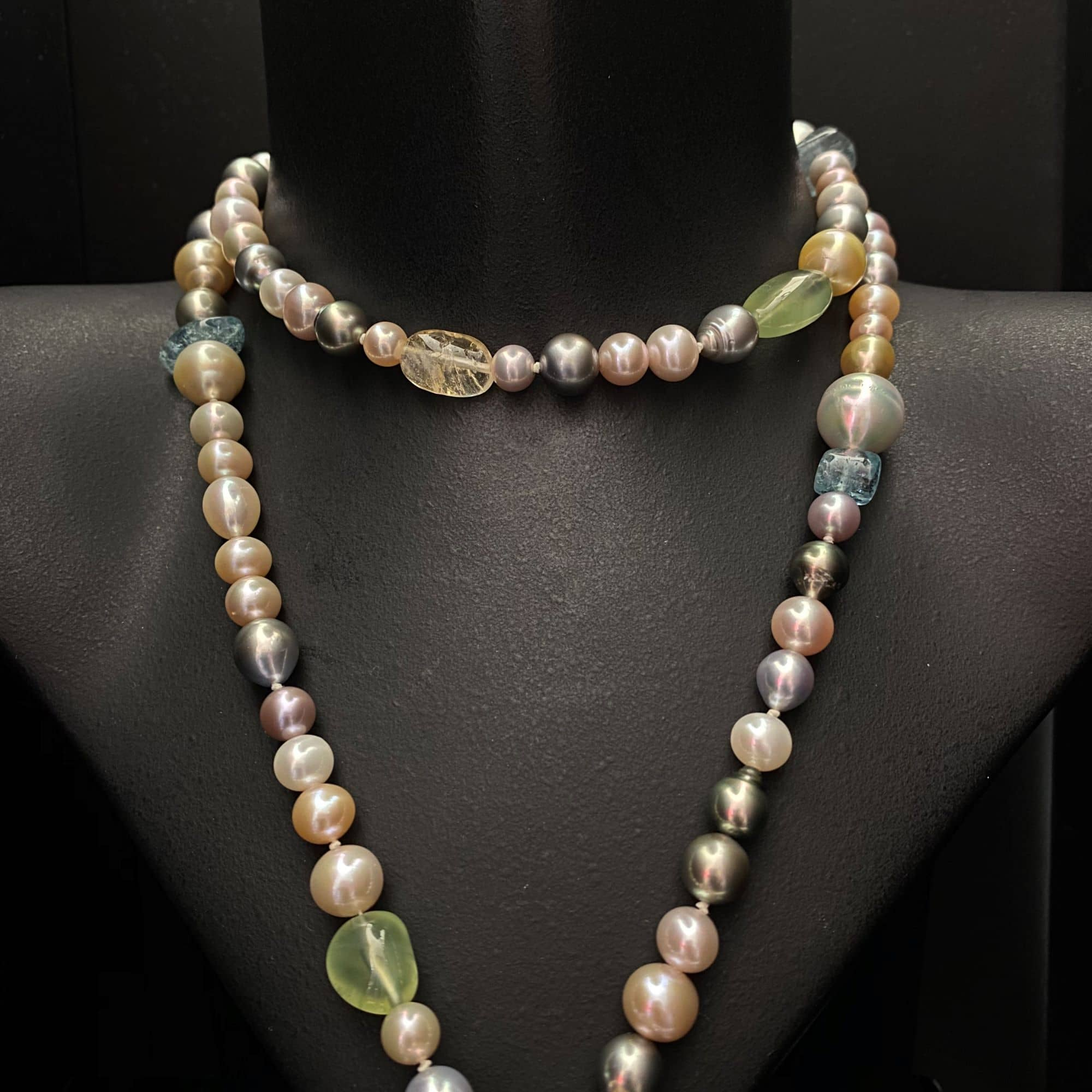 Pearl and Gem Set Necklace